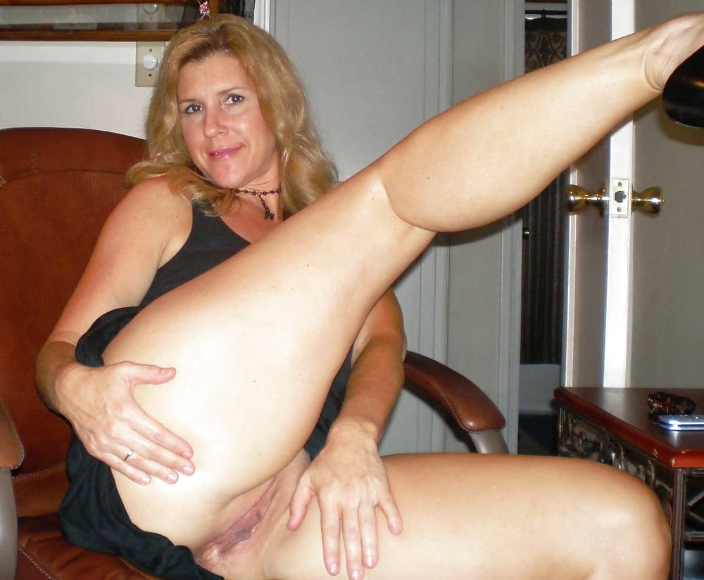 Amateurs Matures Cougars Housewives -..