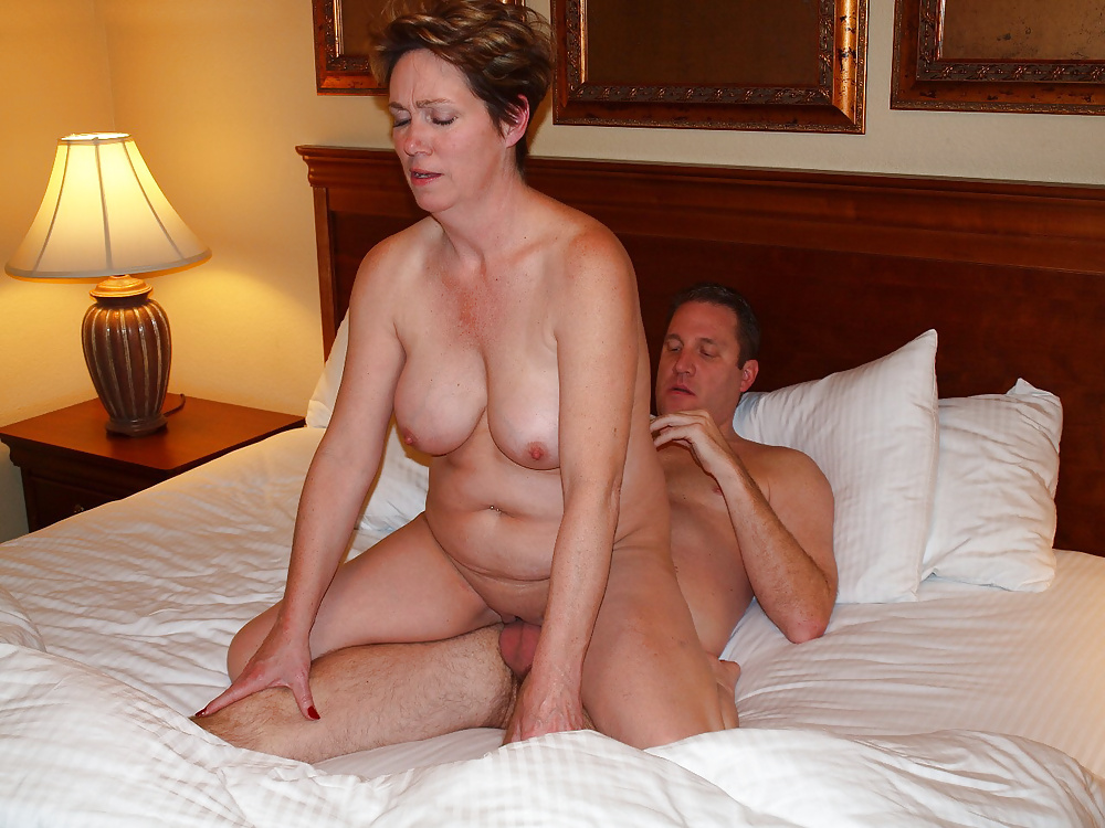 Wifey selling bare  - Other