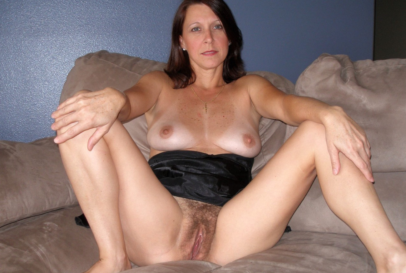 Stevebrady61 - Mature naked at home..