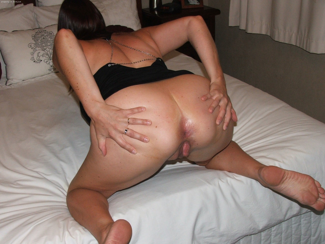 From the rear , arse milf,spread..