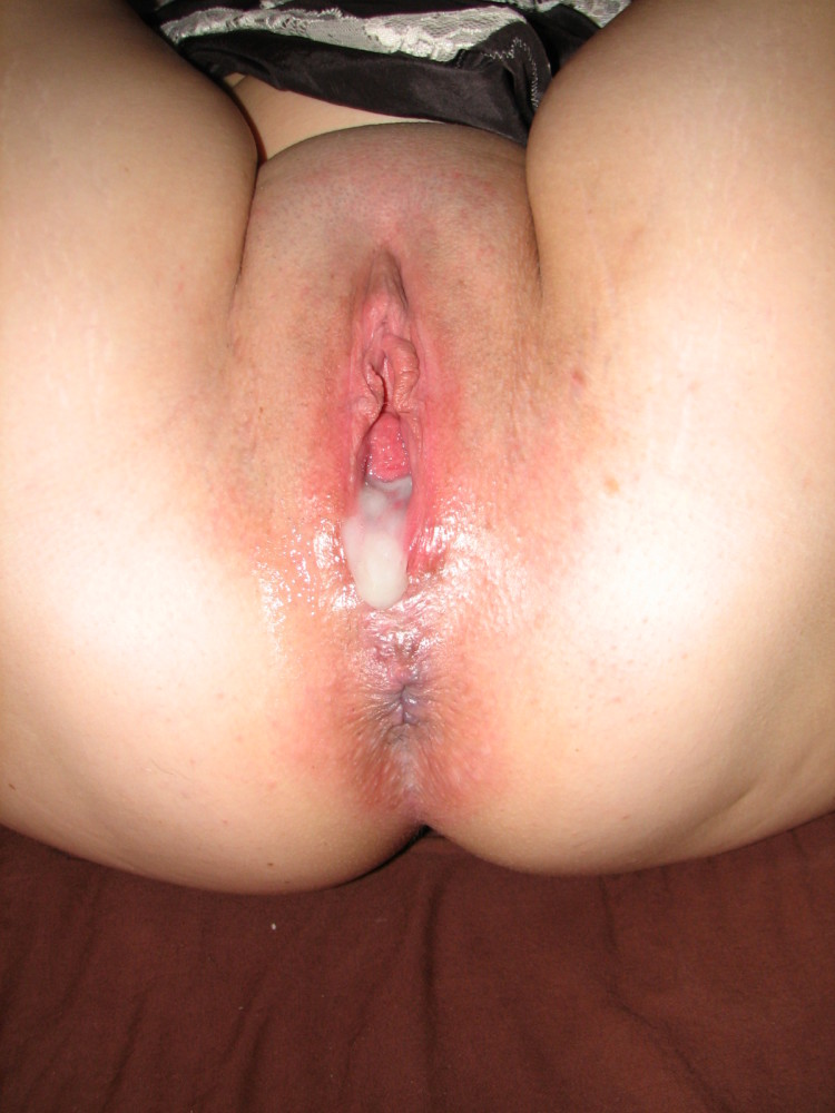 Juice pie tidy up,Creampie Licking..