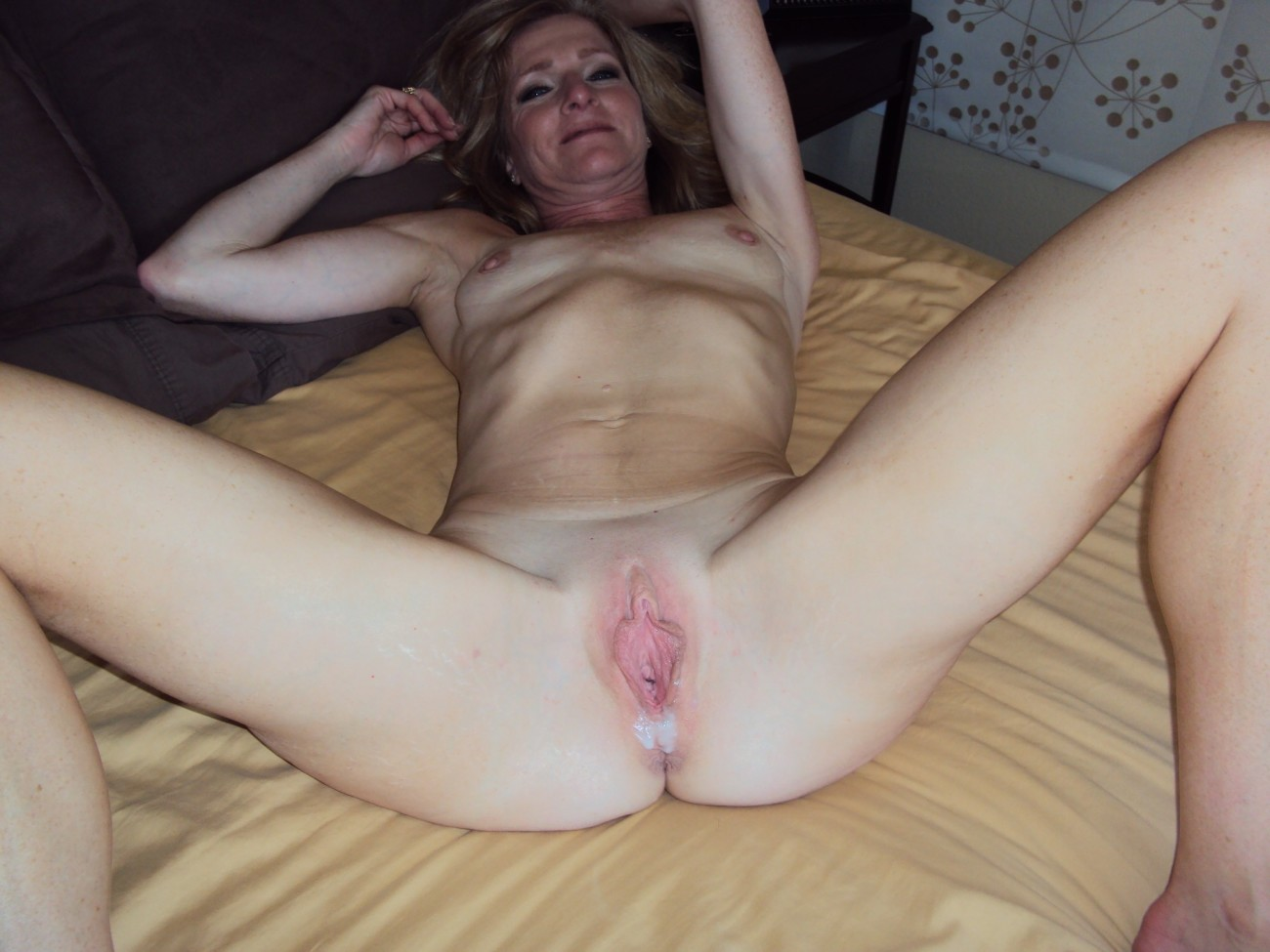 Cougar Wifey Creampies Mature Porno..