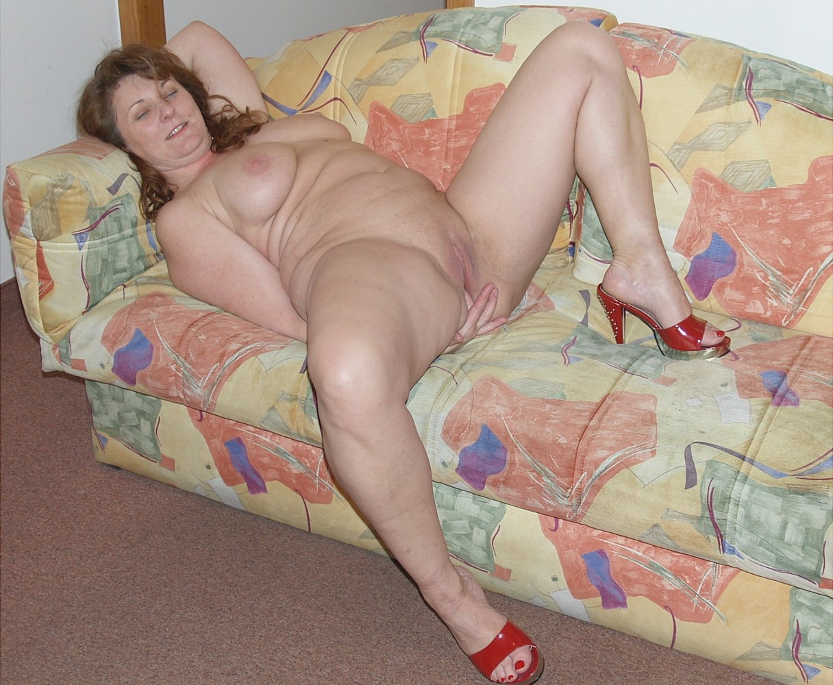 Mature Plus-size Housewife