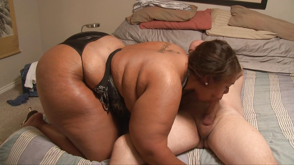 Your BBW mom is my big butt anal milf
