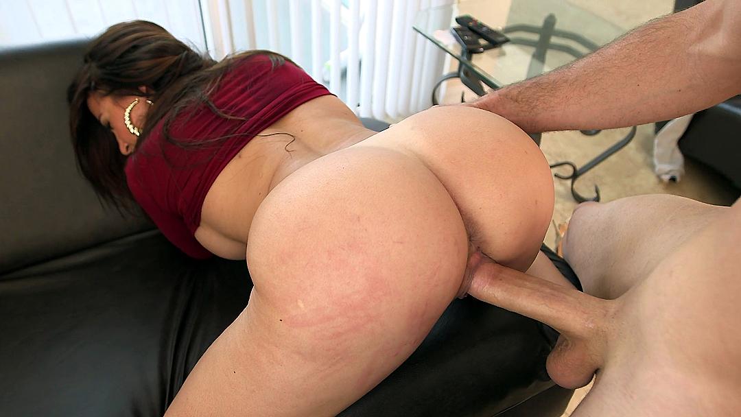 Busty Big Ass Women Hot Pics