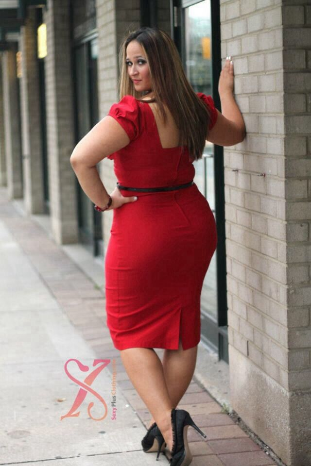 Kinks rule - notably in red! Plus Size..