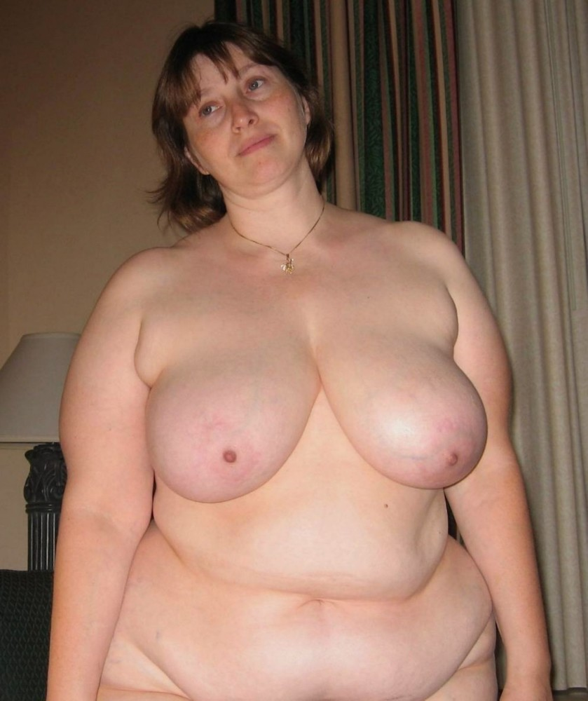 Stretchmarks on Plus-size saggy bosoms..