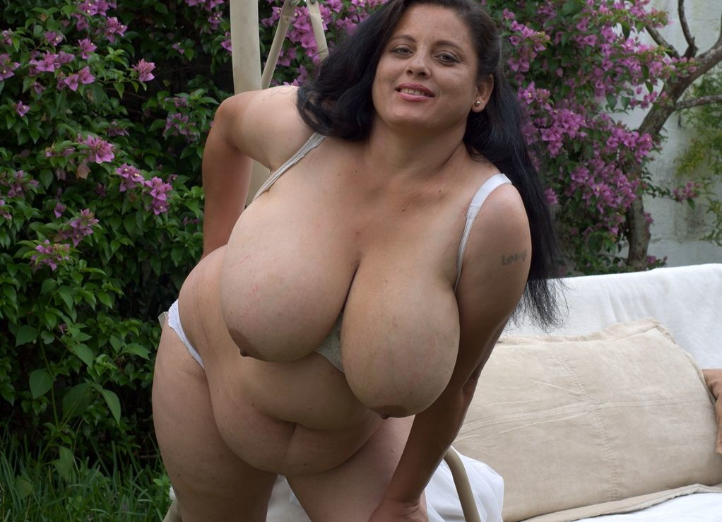 Mature Plus-size with Extras Huge..
