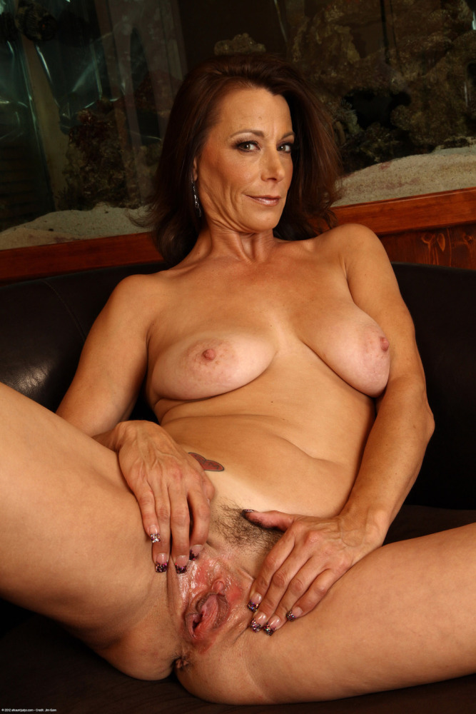Elderly gilf nude mature nymphs nude -..