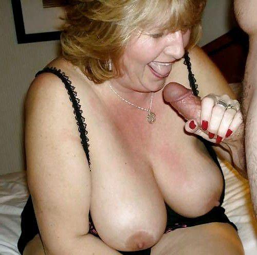 Homemade porn where a mature female..
