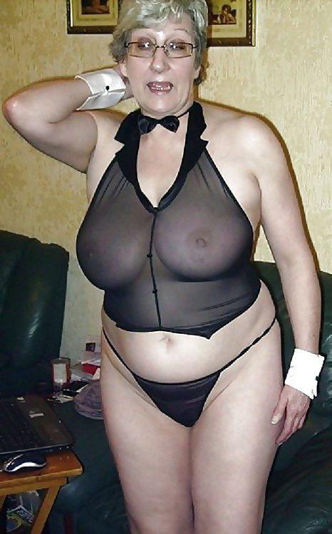 Grandmothers with still stiff tits,..