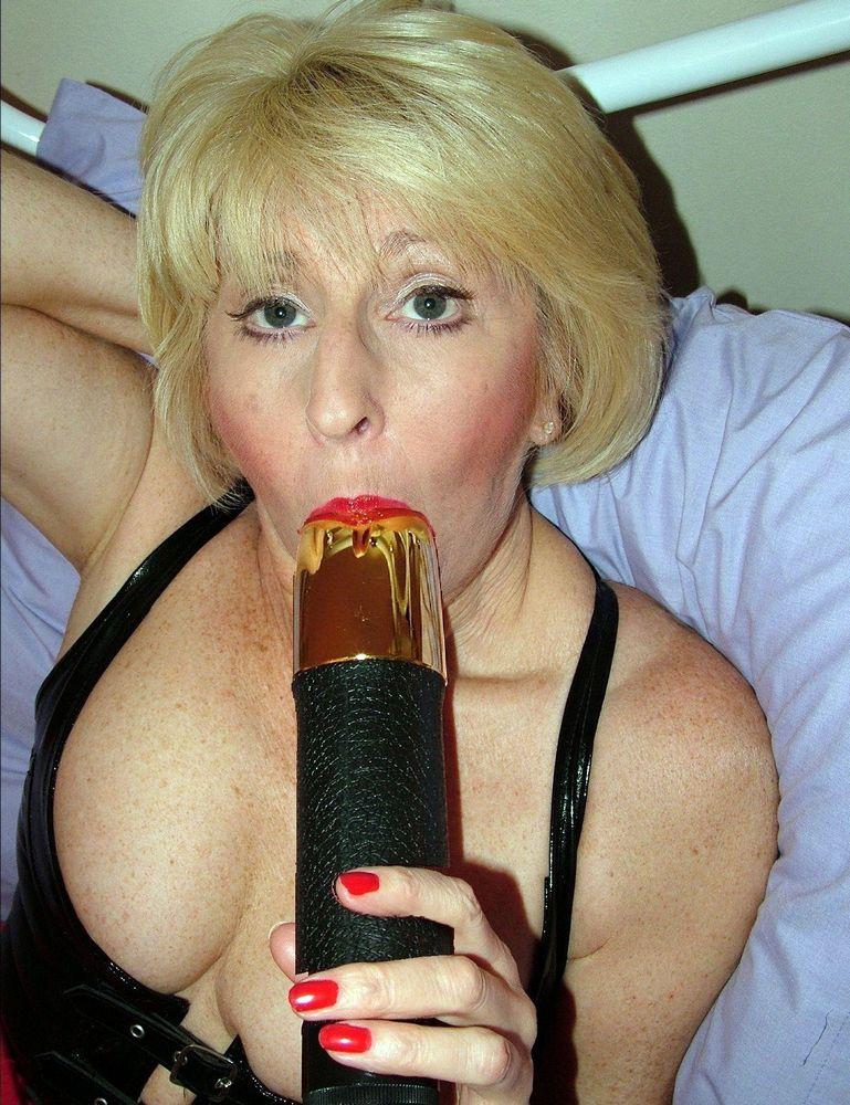 Intimate porno pics with one kinky..