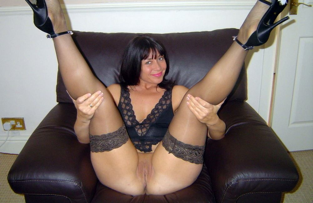 It is one of the sexiest moms on the..