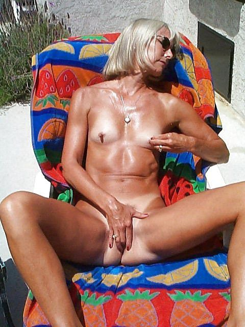 Lonely ex-wife blowing spunk-pump and..