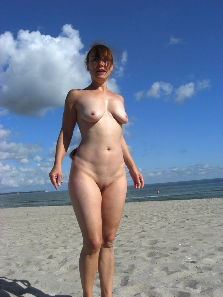 Stardom naturist and exhibs posing on..