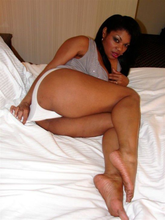 For all funs on mature ebony women,..