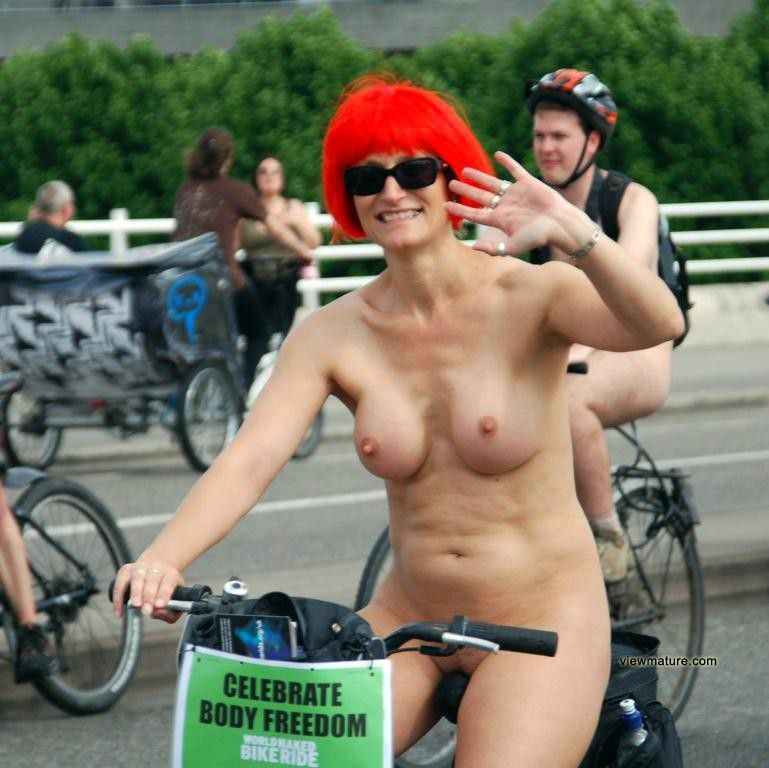 Outdoor photos about real mature nudes