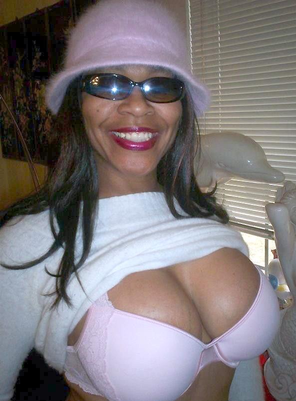 Jokey dark-hued mother with large..