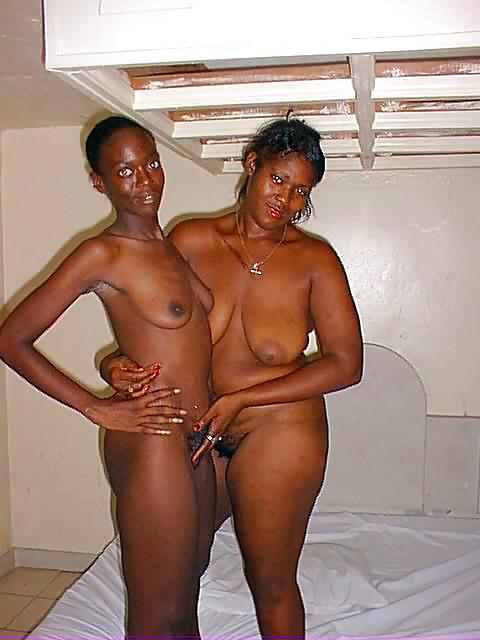 Ebony gfs play in the shower, my..