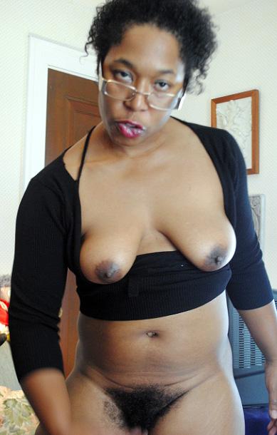 Flawless Ebony salami packs in taut..