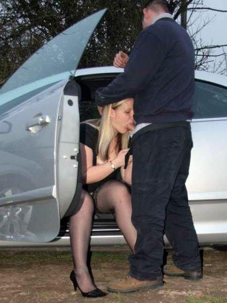 Strangers seducing mature femmes in..