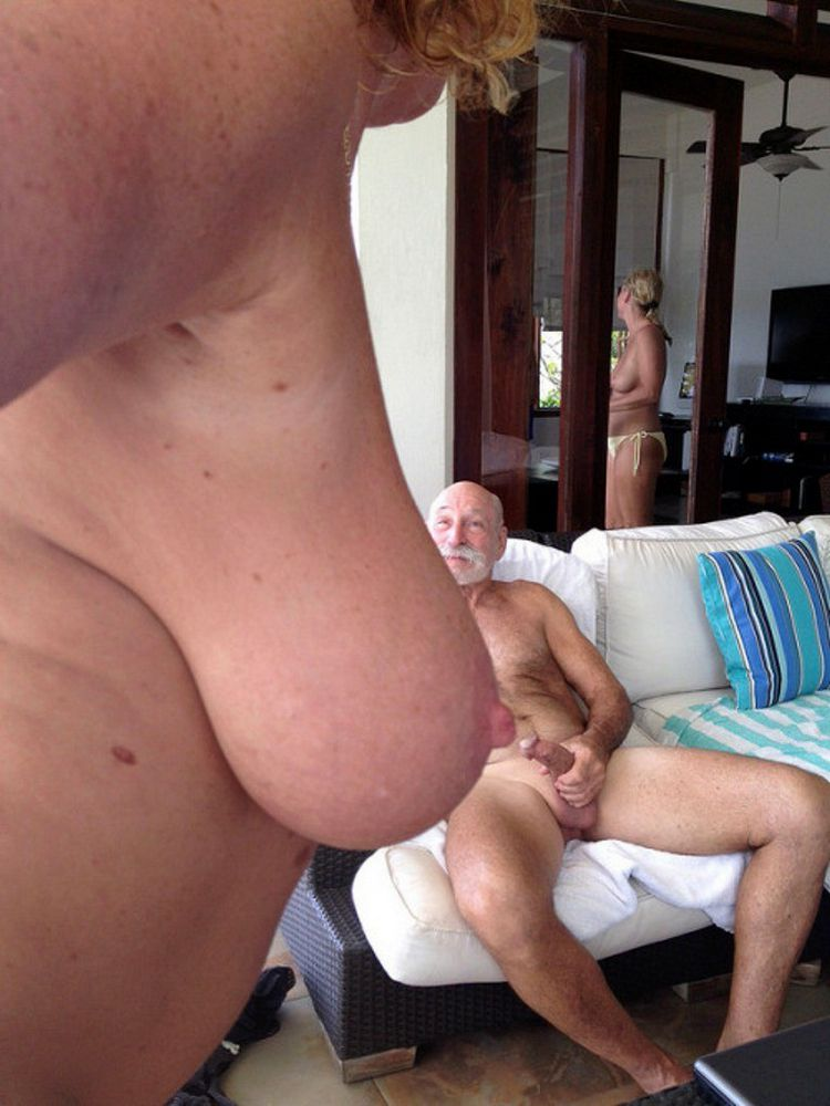 Aged couples nudists photos -  bare..