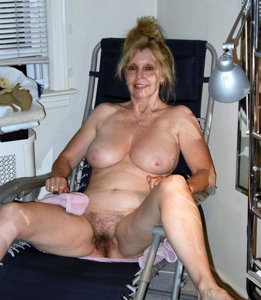 Fabulous mature sluts unveiling their..