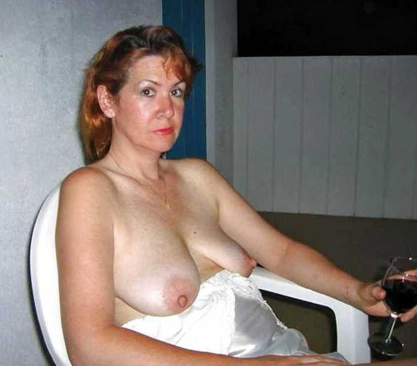 moms bares their sleek coochies at..