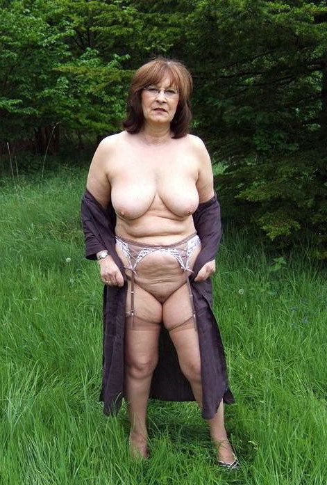 Fatty mature tart unclothing and..