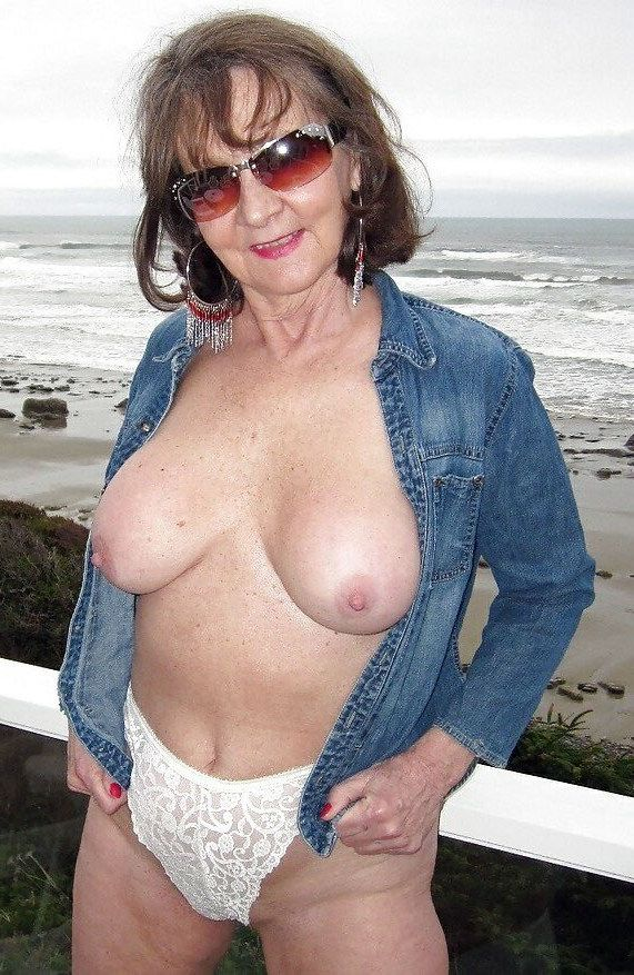 Dissolute mature girls nude their..