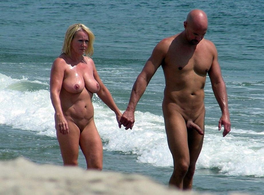 Mature nudists and lovemaking photos..