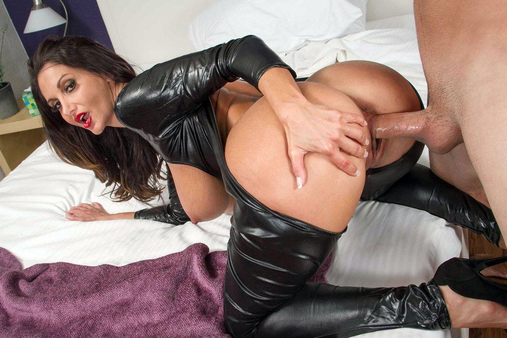 Vicious mature pornographic star Ava..