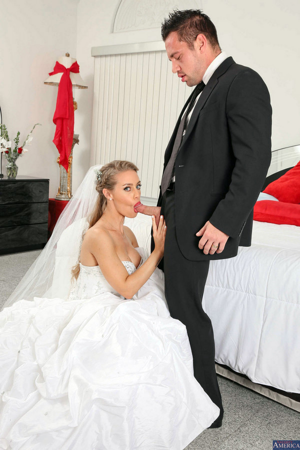 Trampy bride Julia Ann and bestie..
