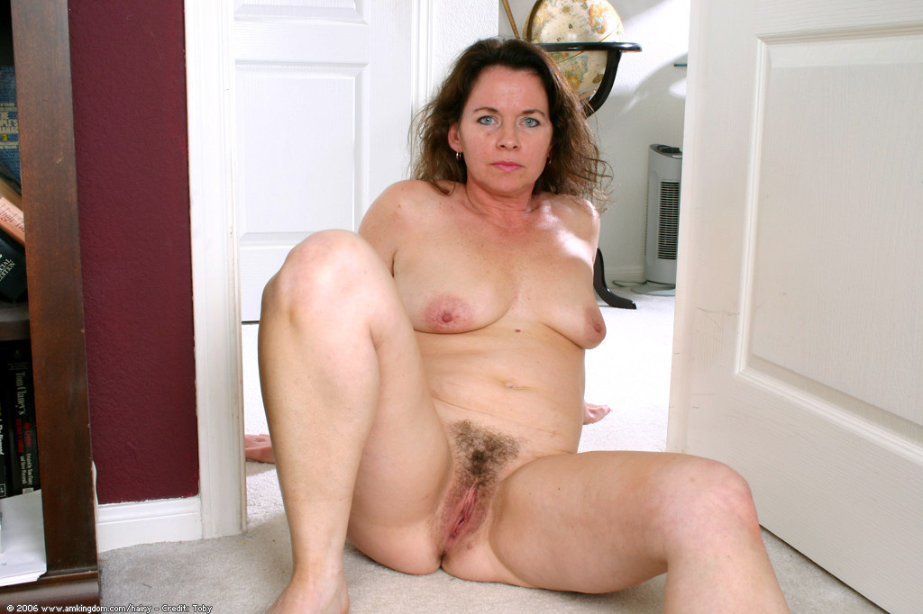 Fur covered cootchie Cougar from..
