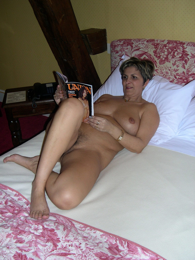 sixty-year-old wifey  pics CLAUDETTE.