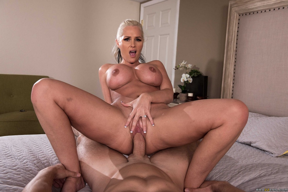 Huge-titted  Alena always says yes