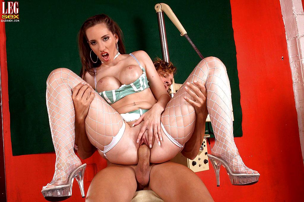 Obese Mummy Kelly stroking stiffy..