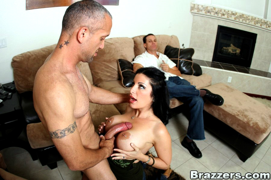 Big-boobed Mummy Priscilla boned by a..